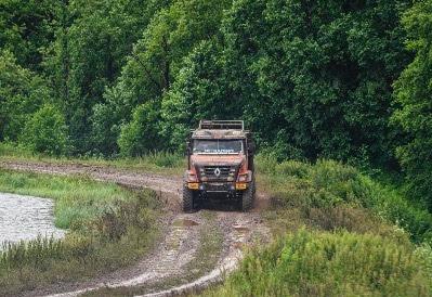 Renault lidera camiões no Silk Way